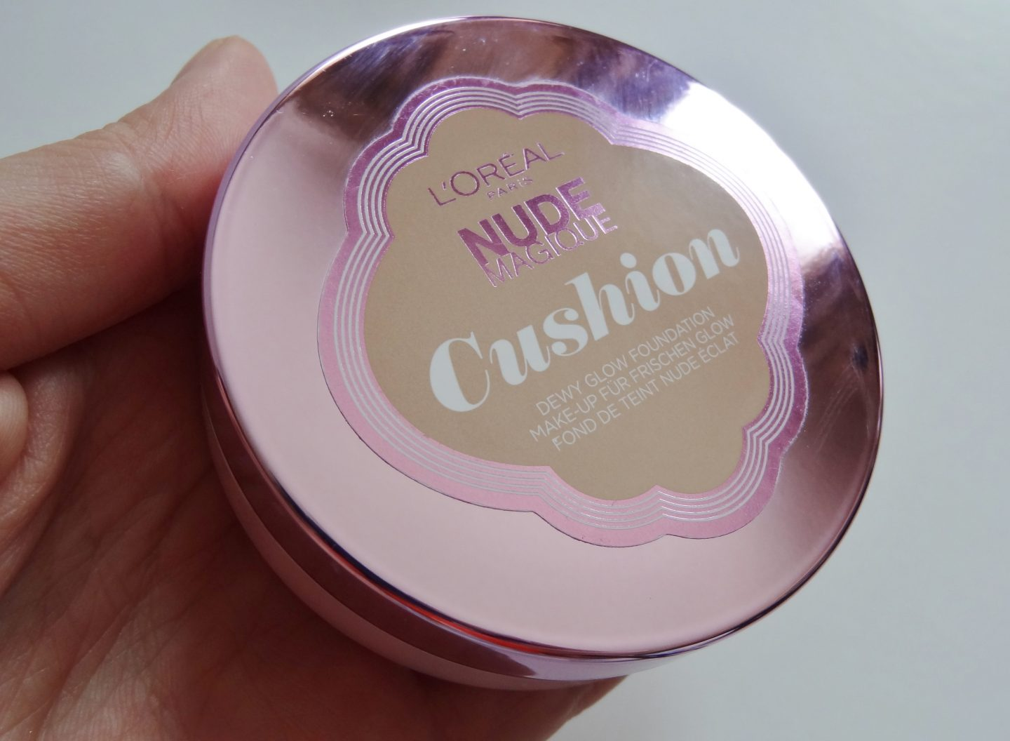 REVIEW: L'Oreal Paris Nude Magique Cushion Foundation (No.4 & No.7)
