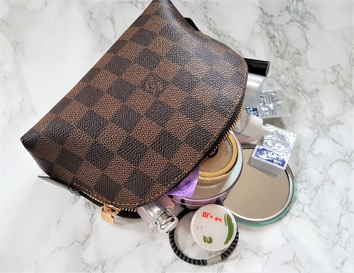 LV cosmetic pouch review + What's in my makeup bag 2018?